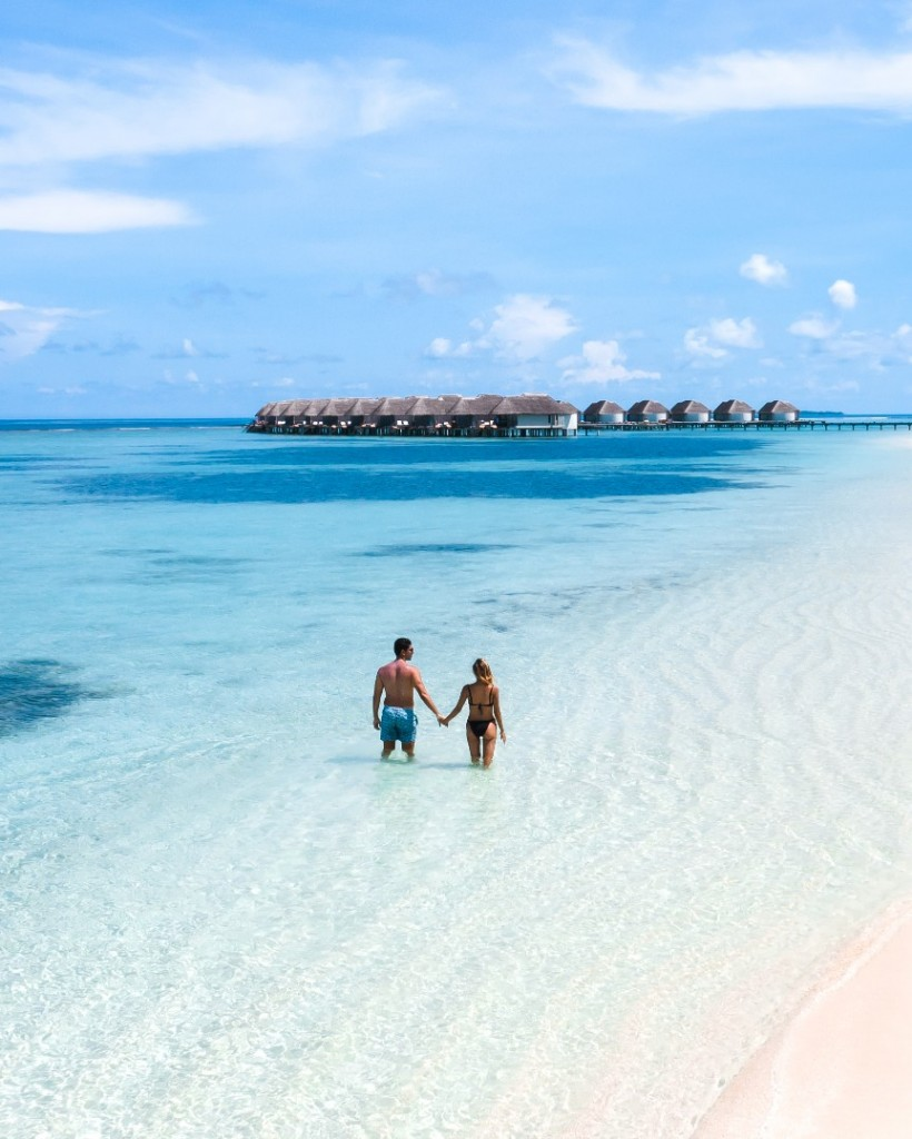 Kanuhura Maldives: Tropical Oasis & Family Friendly Island Escape