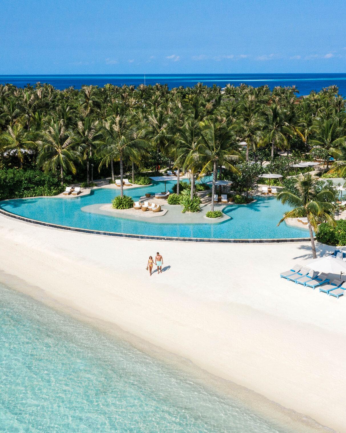 Waldorf Astoria Maldives Ithaafushi- A Culinary Journey in the Ultimate Island Paradise